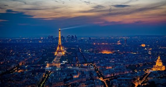 1 Tagesausflug nach Paris für 1 Person inkl. Hin- und Rückfahrt im Reisebus und  Stadtrundfahrt