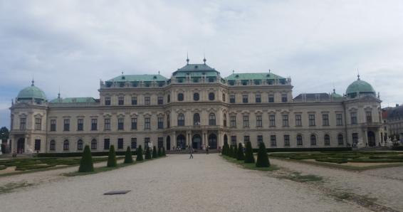 Wien: 2 ÜN/F für 2 Personen im Standard-DZ mit Welcome Drink, Leihfahrrad & Obstkorb für 169 €