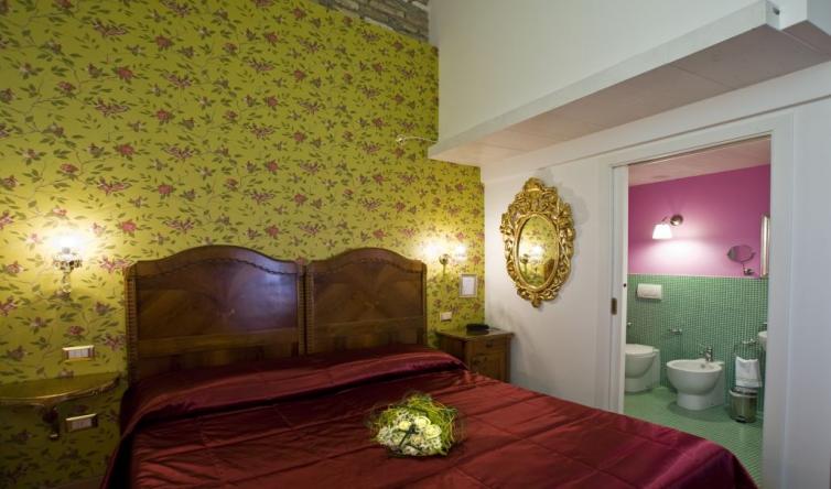 Italien/Venedig: 2 Übernachtungen im Klassik Doppelzimmer für 2 Personen im 3* Hotel Relais Alcova del Doge