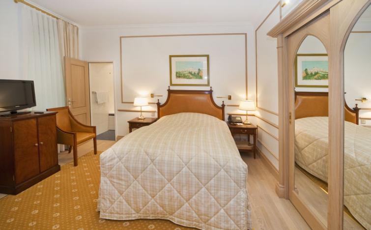 Luxemburg: 3 Tage im Doppelzimmer im Hotel Grand Hôtel Cravat inkl. Frühstück