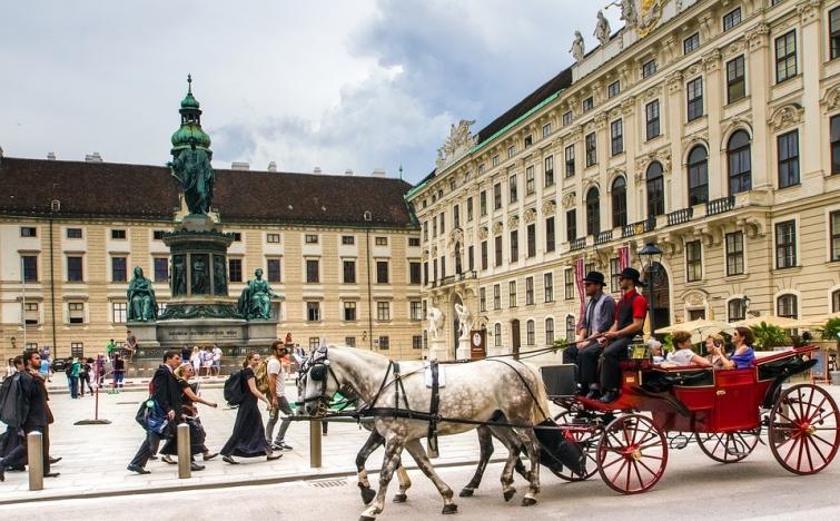 2 ÜN für 2 Pers. im Komfort Doppelzimmer bzw. Suite (je nach Verfügbarkeit) im Hotel Tourotel Mariahilf Wien