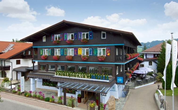 Allgäu: 2 ÜN im Doppelzimmer Deluxe inkl. Wellness, Candle-Light Dinner, 5 Gang im Golf & Alpin Wellness Resort Ludwig Royal