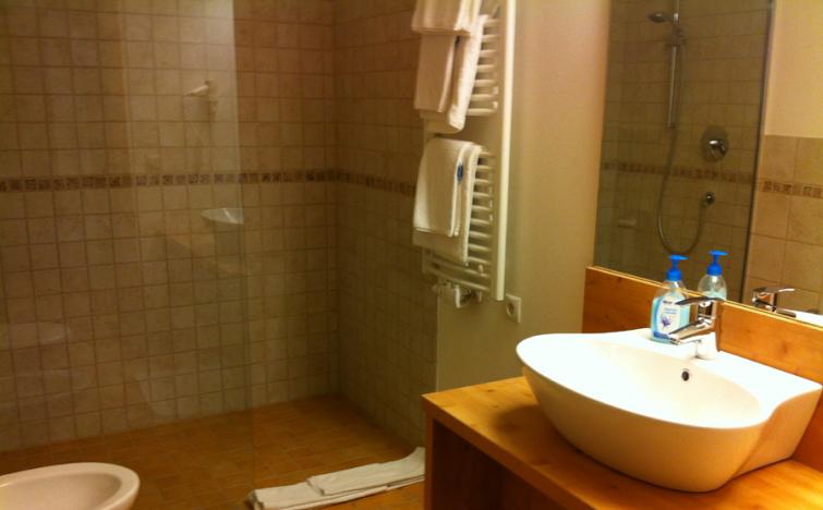 Südtirol: 2 ÜN/F für 2 Erwachsene und bis zu 2 Kinder (bis 7 Jahre) im Standard-DZ inkl. Wellnes im Hotel Argentum Gossensass für 99€