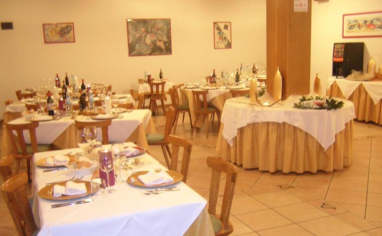 Italien: 2 ÜN im DZ für 2 Personen inkl. Halbpension im Hotel alle Piramidi